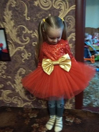 Платье, платье на утренник, нарядное платье, пышное платье