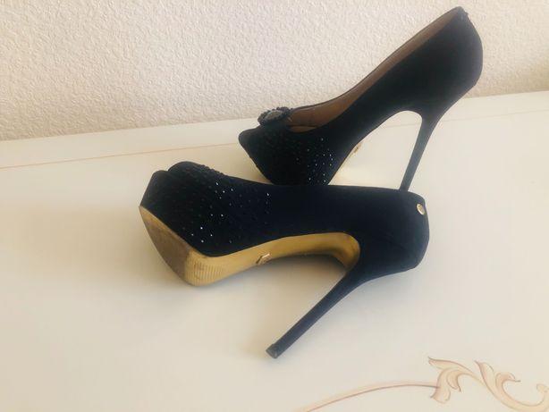 Шикарные туфли, новые