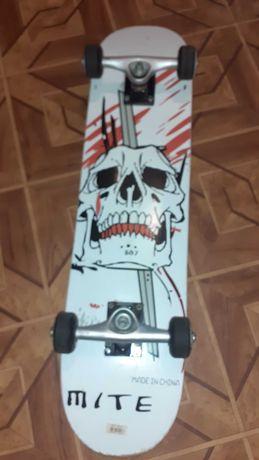 Скейтборд MITE в хорошем состоянии
