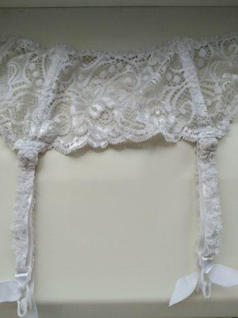 Пояс для чулок невесты