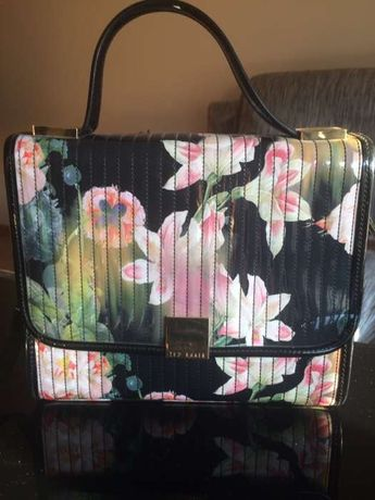 Mala floral Ted Baker
