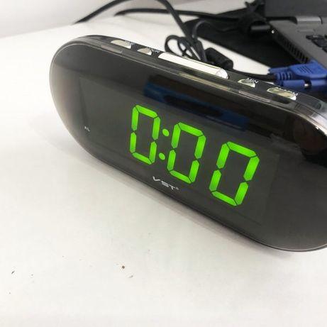 Часы VST VST-717 настольные 220В будильник
