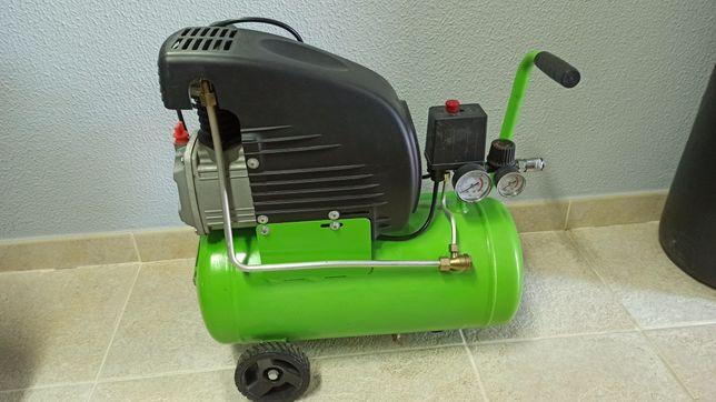 Compressor 2 cv 24 litros