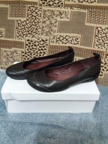 Шкіряні туфлі 37 розмір