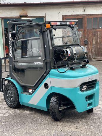 Wózek widłowy 2.5 tony Nowy REZERWCJA