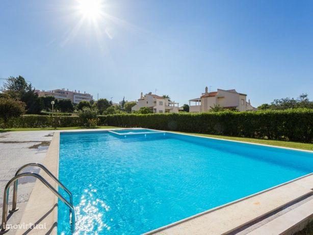 Exclusivo - T1 Condomínio privado, piscina, 950m da Praia