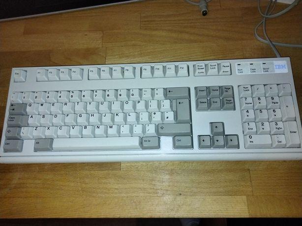 Механическая клавиатура IBM Model M