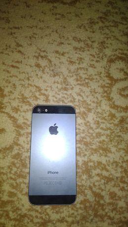 Продам IPhone 5 на 32 GB