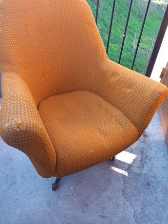Fotel retro prl piekny kształt