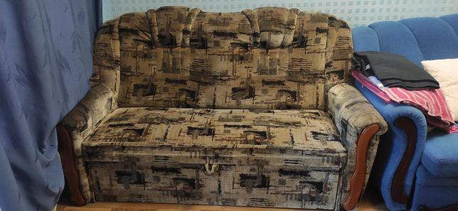 Продаю хороший диван