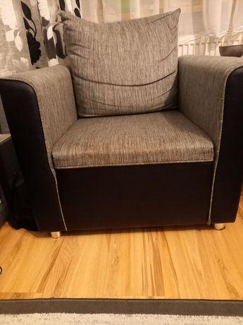 2 fotele w bardzo dobrym stanie