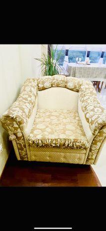 Кресло классика, (минидиванчик, комфортабельное, с глубокой посадкой)
