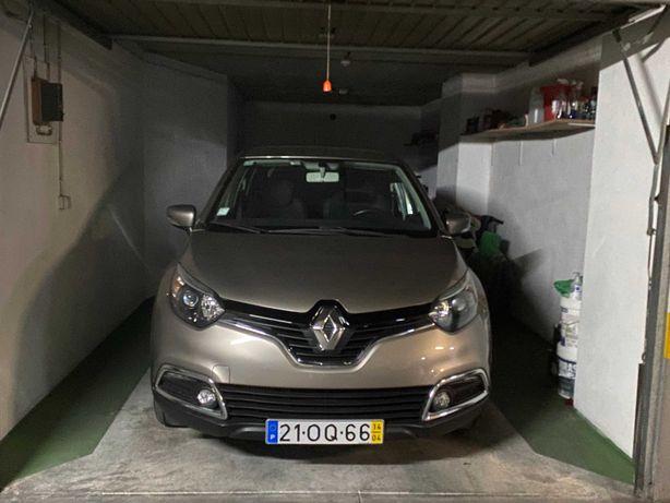 Renault Captur - Particular- Carro de Garagem-Livro Revisões-58.306Km
