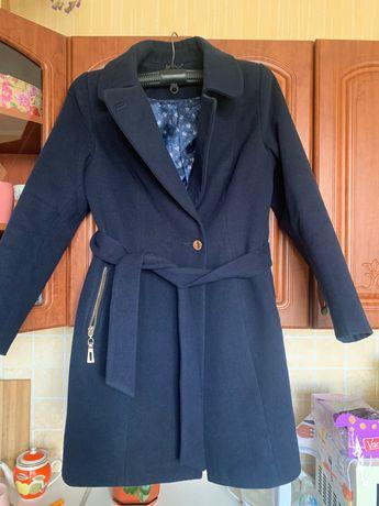 Осеннее пальто размер 50
