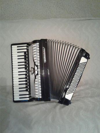 aккордеон weltmeister S5 концертный,итальянские голоса ; баян ц-план..