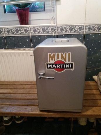 Холодильник автомобільний.