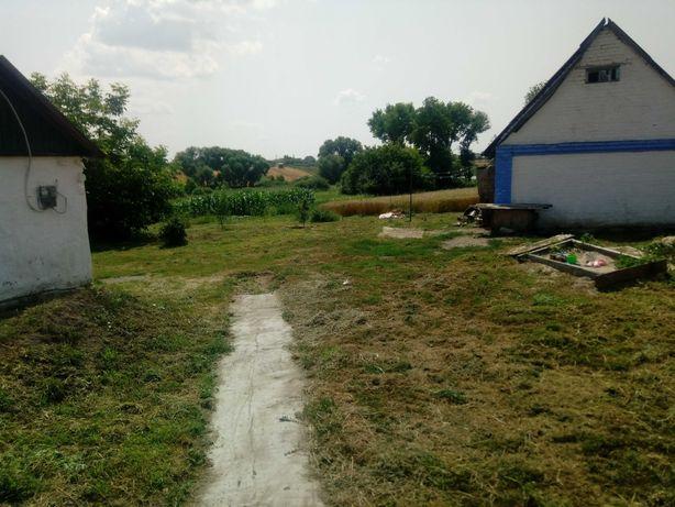 Дом возле озера Саливонки