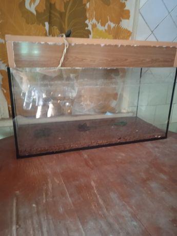 Продам аквариум б/у на 100л.