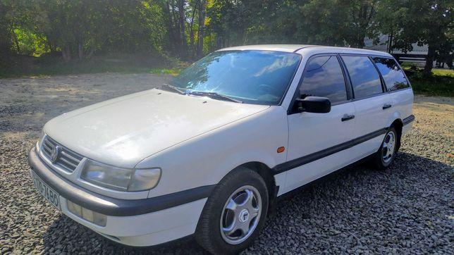 Автомобіль Volkswagen Passat B4 універсал 1996
