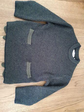 Sweterek zielonoczarny Zara