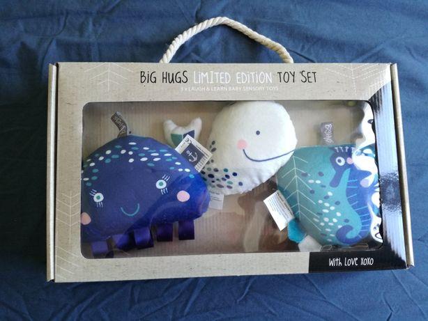 Zabawki nad łóżeczko z USA