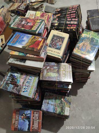 Продам библиотеку фантастика/фентази