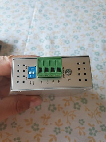 MOXA EDS-205A switch przemysłowy
