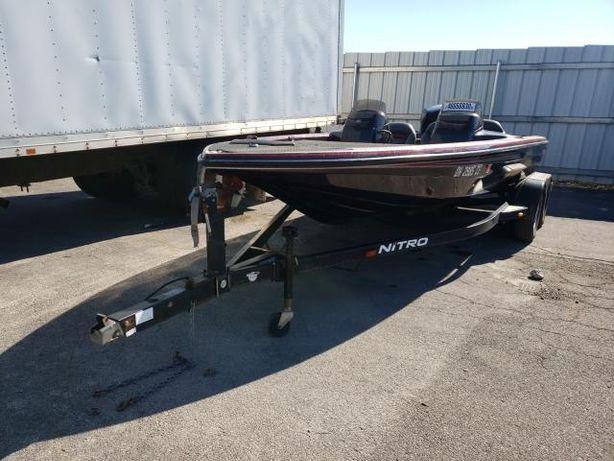 Лодка Nitro 896 mercury 200