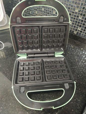 maquina de waffles semi nova