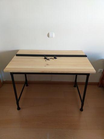 Secretária Kullaberg do IKEA