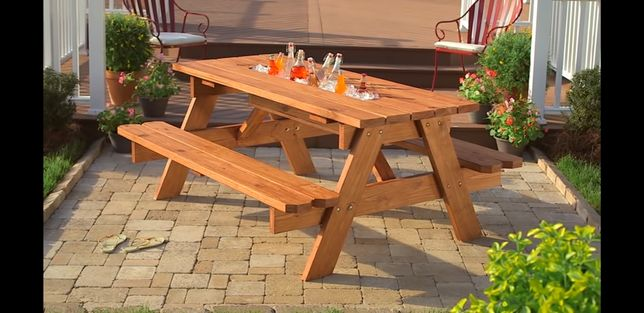 Mesa de jardim com bancos, mesa de picnic, em Pinho Nórdico