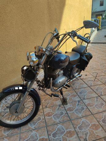 Mota Jawa 250 restaurada