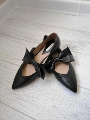 Кожаные балетки, туфли