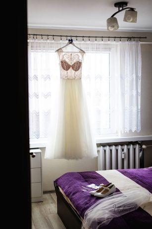 Wyjątkowa suknia ślubna :)
