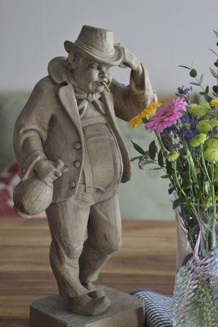 Winston Churchill ..Rzeźba z drewna