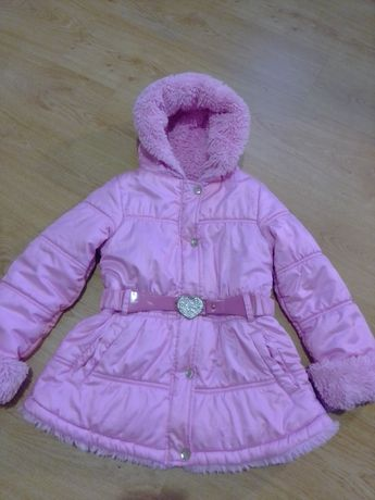Куртка демисезонна на 6-7 років