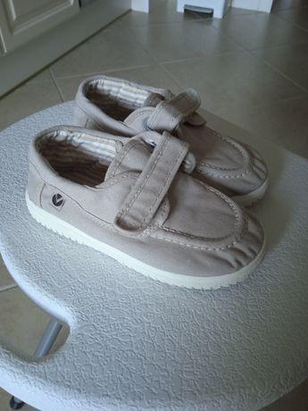 Sapatos lona Victoria bejes
