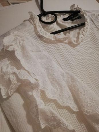 Haftowana bluzka koszula Reserved