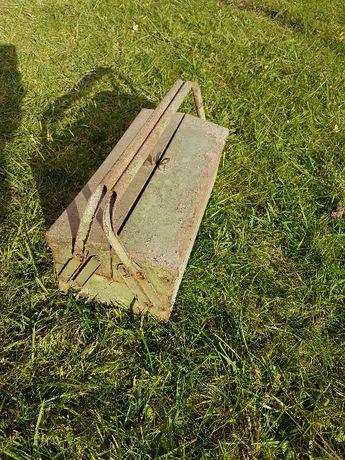 Skrzynka narzędziowa metalowa na narzędzia PRL do odnowienia