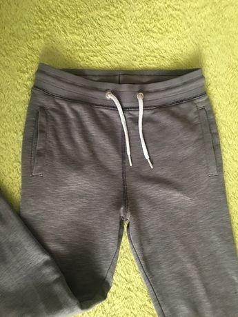 Spodnie dresowe 128 H&M