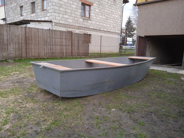 Łódka metalowa .