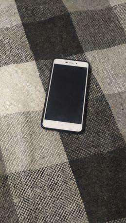 Мобильный телефон ксяоми редми 4 а