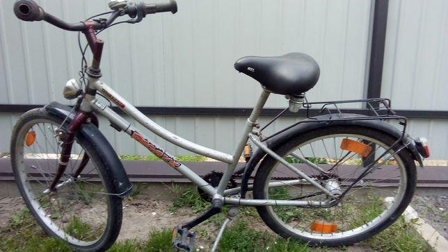 Велосипед діаметр колеса 24