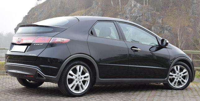 Honda Civic VIII UFO Model 2010r Lift Zobacz Foto i Opis 140KM Zamiana
