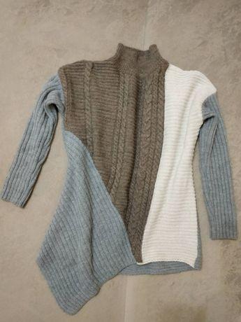 Продам стильный свитер. Асимметрия.