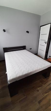 Rama łóżka wraz z materacem 140x200