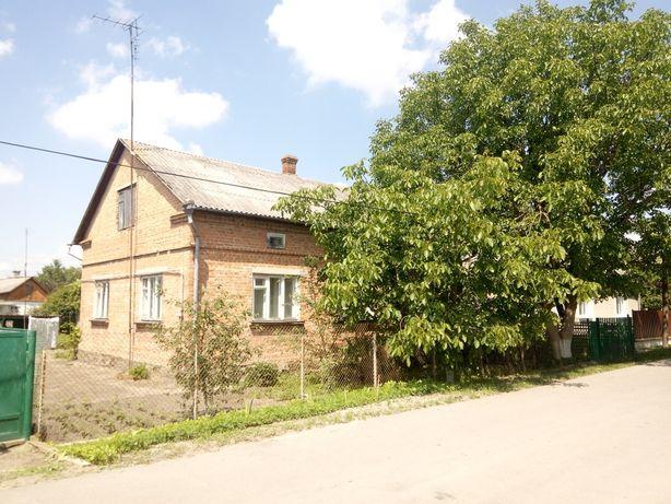 Продаж будинку в м. Радивилів