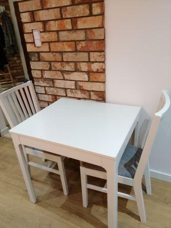 Jeszcze niższ cena, Biale meble do kuchni, stół rozkladany i 2 krzesla