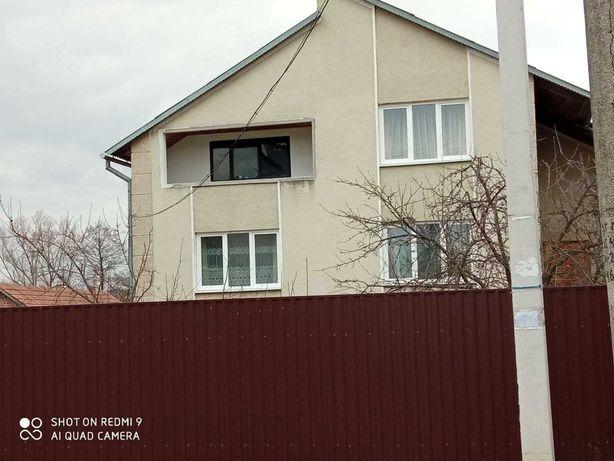 Оренда будинку біля кордону