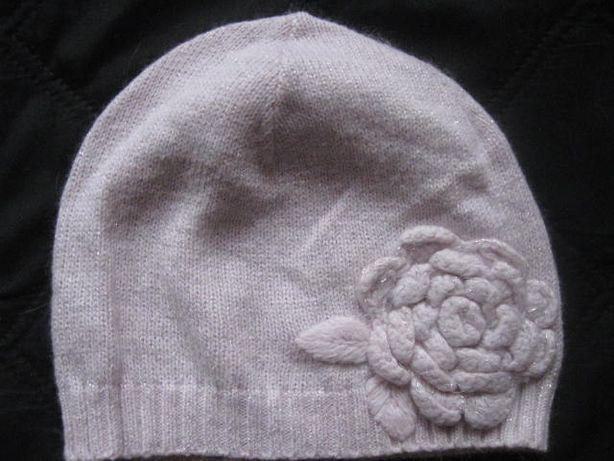 H&M blady róż czapka z kwiatem z srebrna nitka 122/128